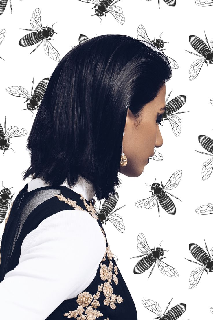 caratlane, beejewelled, honey comb, inspired, jewellery, the girl from FUSS, rhea Gupte, fashion editorial, illustration, art, creative, photoshoot, flowers, minimal, earring, honey bees, minimal