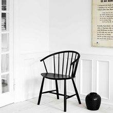 Fredericia Furniture J64 - Ejvind A. Johansson