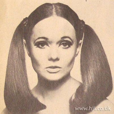 70 S 70s Fashion Style Trend 70s Era Street Style