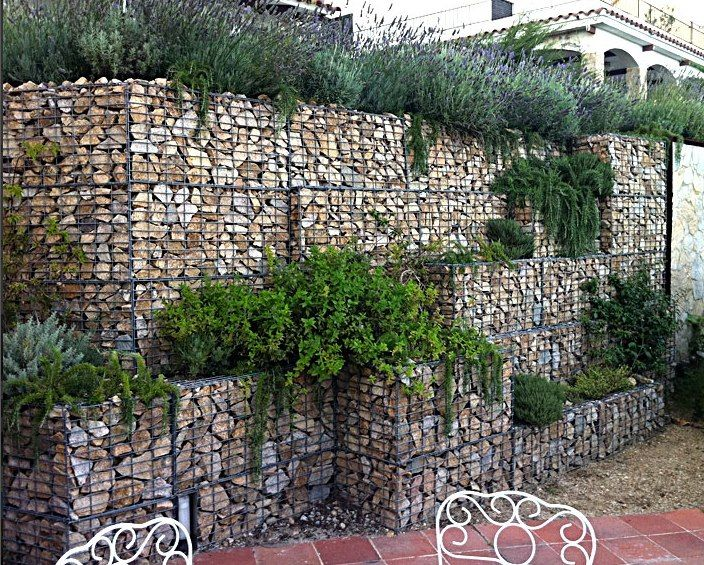 25 best ideas about gabion retaining wall on pinterest for Gabion landscaping