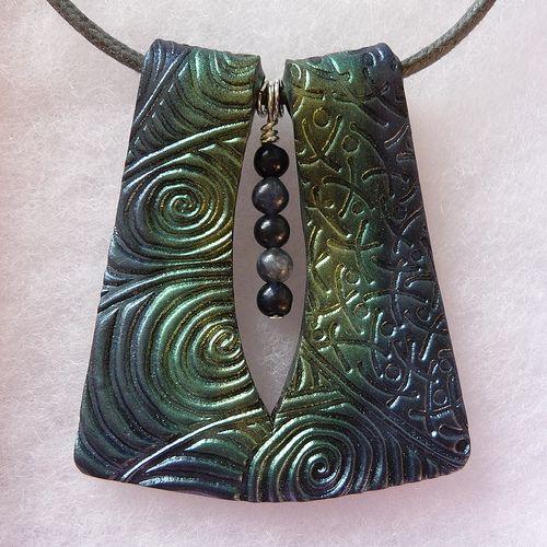 Handmade metallic polymer clay pendant | by bycreativehands