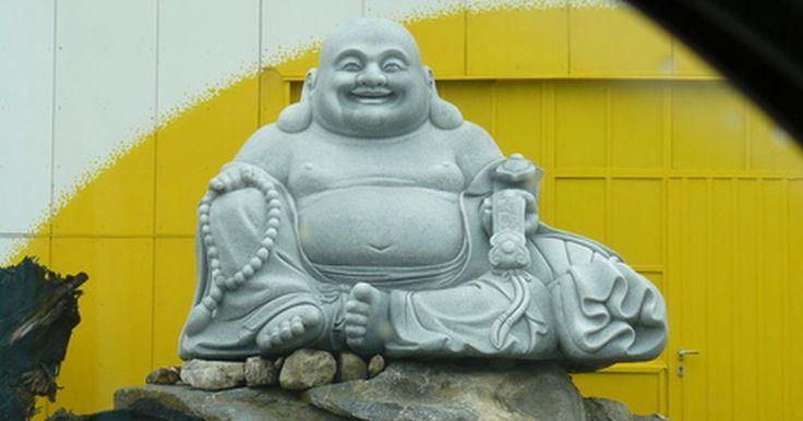 Como converter-se ao budismo. Ao se juntar a aproximadamente 500 milhões de budistas que existem no mundo na busca pela iluminação espiritual, você responderá várias questões filosóficas e espirituais profundas. Budistas são pessoas bem humoradas, que amam a paz e têm o compromisso de viver uma vida altamente espiritualizada. O budismo não tem uma ideologia fechada e ...