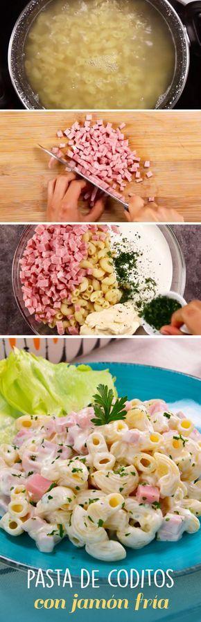 *.* Esta pasta fría de coditos con jamón es una receta fácil de preparar para fiestas y reuniones. Puedes agregarle mayonesa, crema, perejil, salchicha y verduras para que rinda para todos tus invitados sin gastar de más. ^^