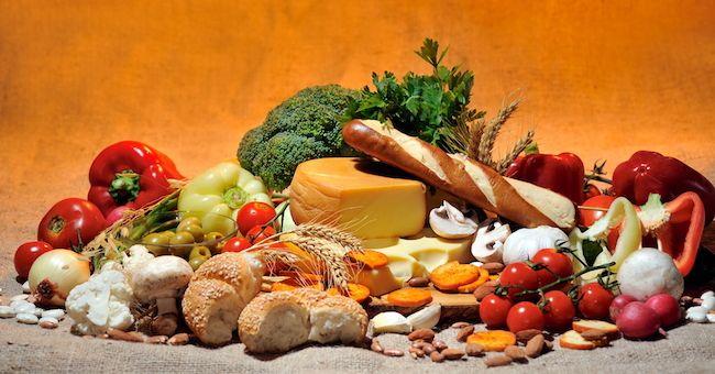 La Dieta Mediterranea è antichissima...ed oggi è la più apprezzata...inoltre è un aiuto naturale contro le malattie croniche.