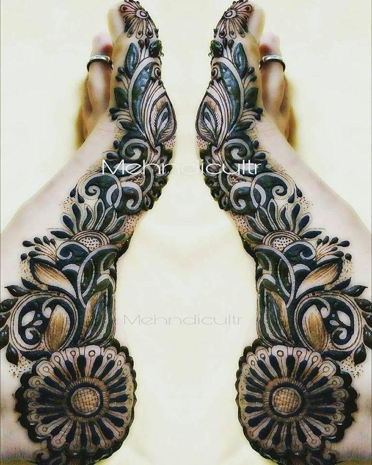 Mehndi design www.fashion300.com