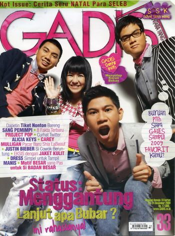 Models: Natasya Rizki (Runner Up 1 GADIS Sampul 2008), Rayi, Asta and Nino (RAN - singers). GADIS 33/2009 #GADIS40TH