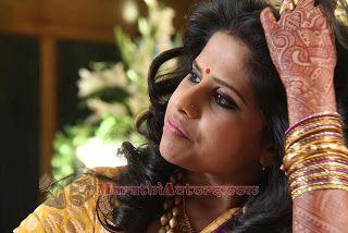 Actress Sai Tamhankar and amey wedding photos