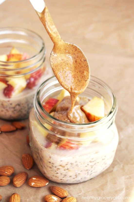 Apple Almond Butter Overnight Oats by Healthy Grocery Girl http://healthygrocerygirl.com/apple-ab-overnight-oats/                                                                                                                                                                                 Mehr