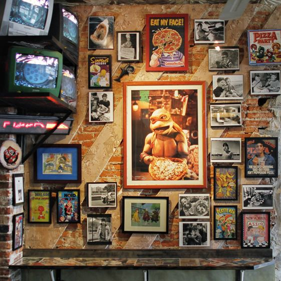 The museum (as certified by Guinness Records) has the largest collection of pizza memorabilia in the world; so, you won't be starved of something to keep your mind occupied while you're munching...
