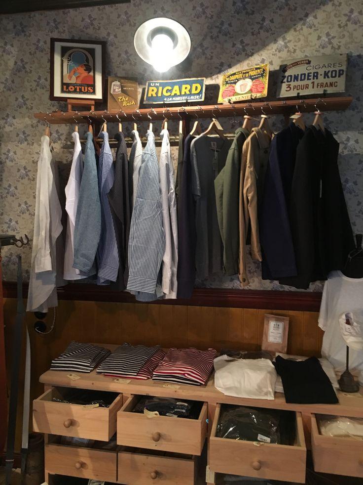 Skjorter - bondeskjorter, Hemen Henleys - jakker fra Shangi-la - jakke fra Le Mont St Michel #hemen-biarritz #leevalley #lemontstmichel #shangila