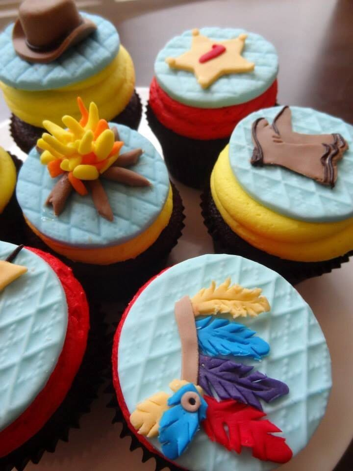 Cowboys and Indians cupcakes