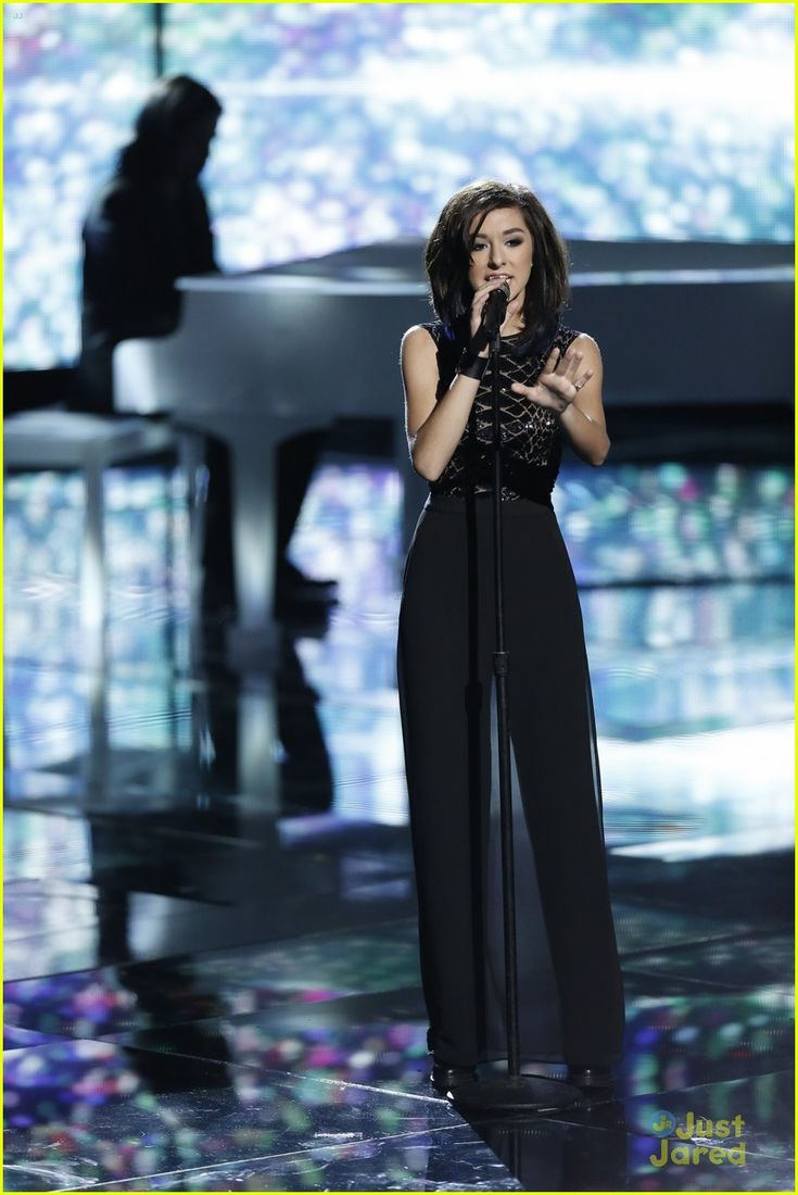 Christina Grimmie Returns To 'The Voice' & Makes Us Wonder Once Again Why She Didn't Win Last Season