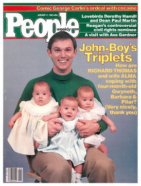 Richard Thomas with his triplets on the cover of People (January 11, 1982)