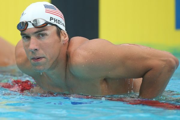 World famous swimmer Michael Phelps is arrested on DUI charges