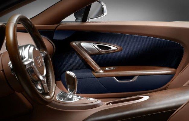Bugatti Legends Ettore Bugatti Interior chocolate brown and navy blue carbon fiber interior door panels seats