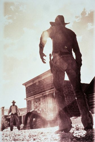 paintedcowboy:  omnireboot:  Read about cowboys and aliens here: https://omnireboot.com/2015/ufo-x-files-cowboys-alien-spacecraft/  nice image.  Never even looked at the link.