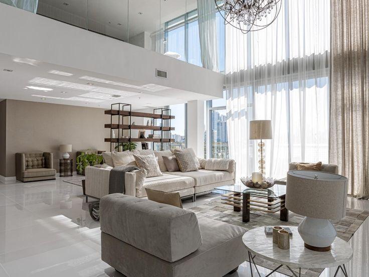 Grau Wohnzimmer Modernes Wohnen Wand Von Fenstern Frisches Gesicht Kronleuchter Moderne Huser Das Zimmer Innere Insel