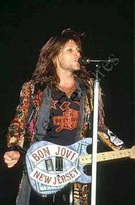 Jon Bon Jovi playing live on the New Jersey Syndicate Tour in a rare photo