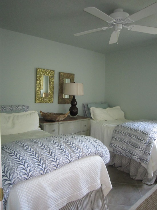 1000 images about twin beds on pinterest twin beds for Guest room with twin beds