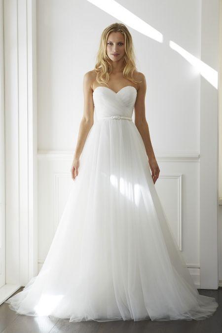 Sweetheart Neckline Tulle Wedding Dress
