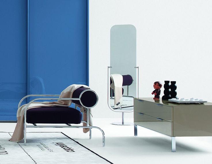 Mirror is a double-faced floor mirror with adjustable inclination designed by JASPER MORRISON for CAPPELLINI   YEAR 1997   @cappellininext