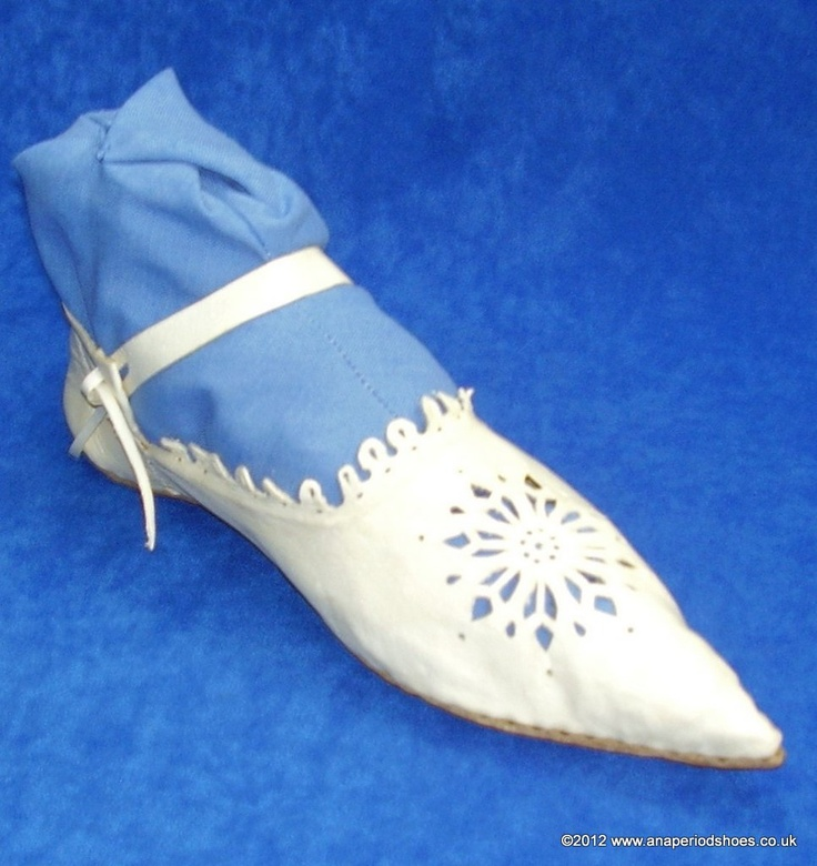 Cordovan Shoe with Rosette Openwork  late 14th + 15th century