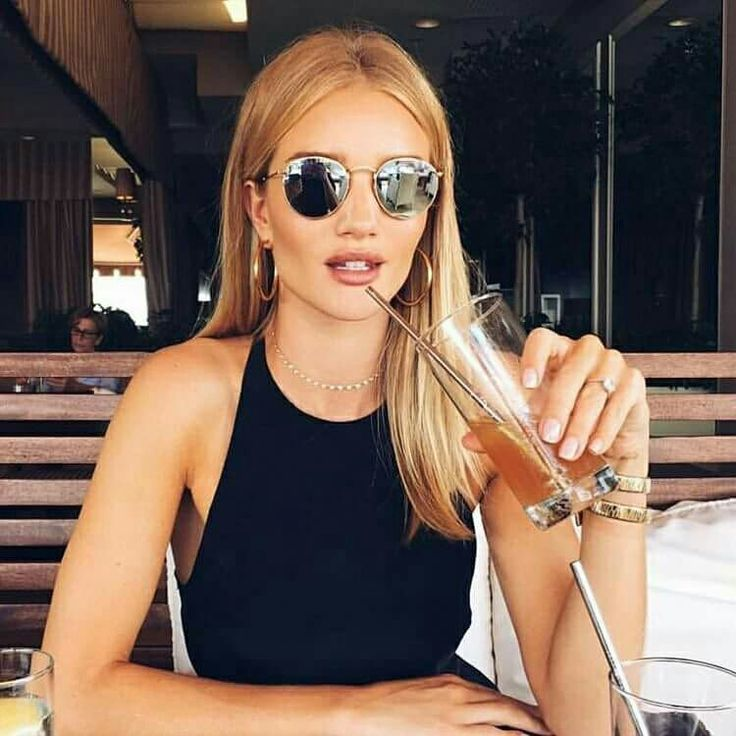 The gorgeous Rosie Huntington Whiteley sipping an Arnold Palmer with a stainless steel straw. If it's good enough for RHW...😉 Available in 2 and 4 Packs at 🌱 www.ECOSHOPPERTH.com.au 🌱  #stainlesssteel #straws #rosiehuntingtonwhiteley #rosie #vs #angel #vsangel #rhw #reusablestraw #modellife #beauty #ootd #potd #lbd #stunning repost from @ever.eco #evereco #visctoriassecret  Www.ecoshopperth.com.au