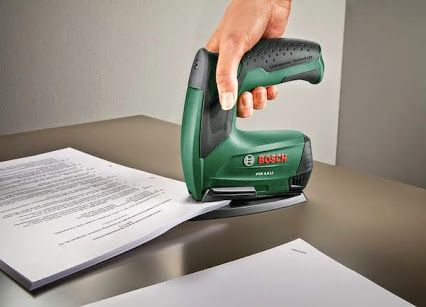 Use a #household assistant to tame office paperwork easily. #stapler #powertool #cordless. For detailed information click here: http://www.bosch-do-it.de/de/de/bosch-elektrowerkzeuge/werkzeuge/ptk-3-6-li-office-set-3165140742818-199889.jsp