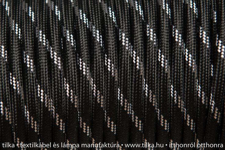 Rendelj tilka fekete-ezüst csíkos színes textilkábelt méterre vagy kérd design lámpaként antik izzóval, hosszabbítóként. tilka.hu