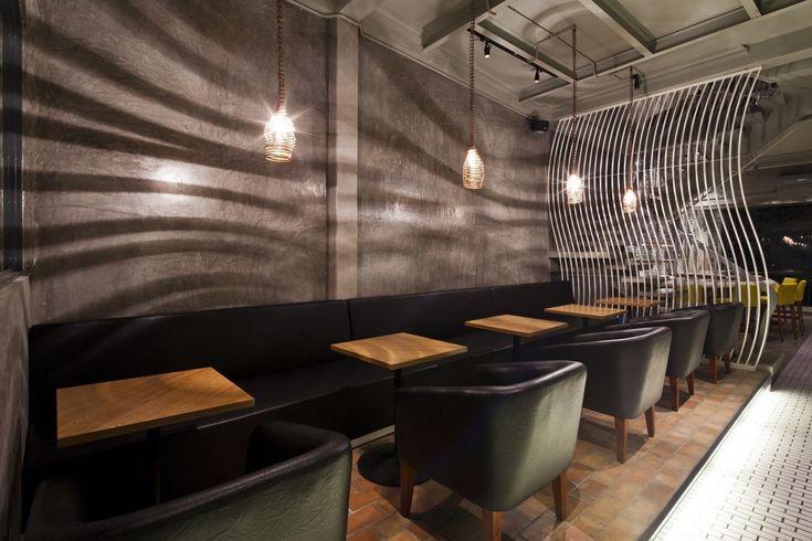 Cool Ramen Restaurant in Vietnam Integrating a Mosaic Wall - küchen mit bar