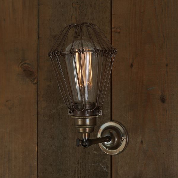 17 Best ideas about Industrial Wall Lights on Pinterest Vintage lighting, Wall lamps and Wall ...