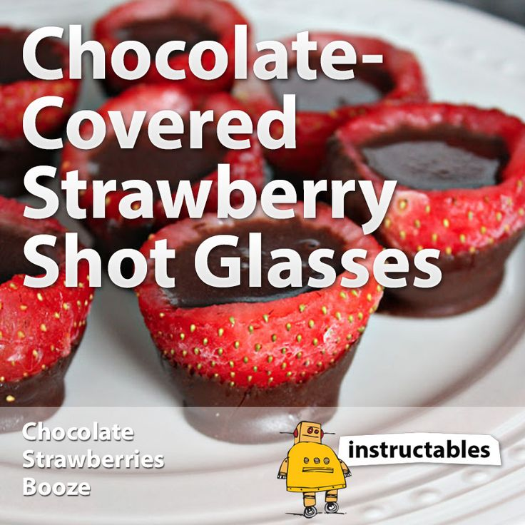 Chocolate Covered Strawberry Shot Glasses for Valentine's Day #fruit #drink #alcohol
