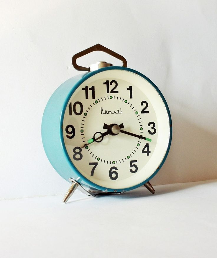 Turquoise alarm clock | Make over my bedroom