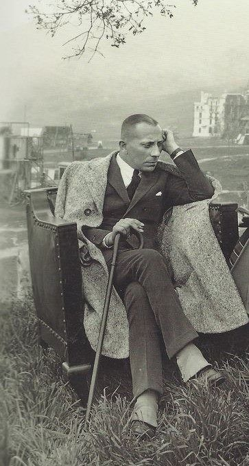 Eric von Stroheim in 1922. Solitude, stick, expression, gesture, thoughtful, beauty, vintage, history, guy, male, man, sitting, portrait, b/w