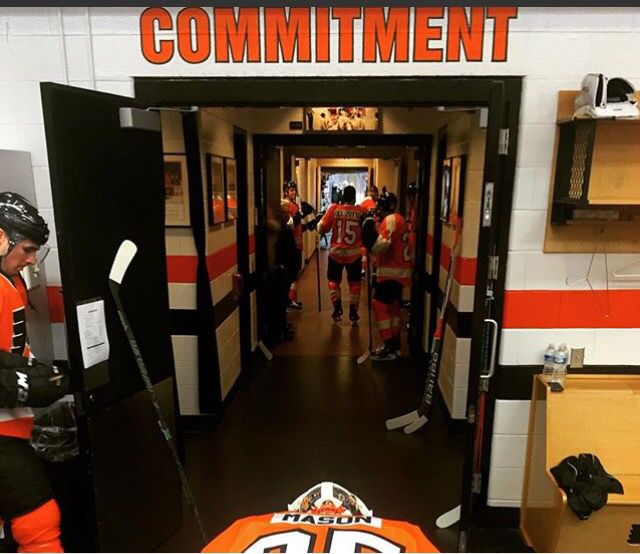 the tunnel locker room it would be so cool to go back there