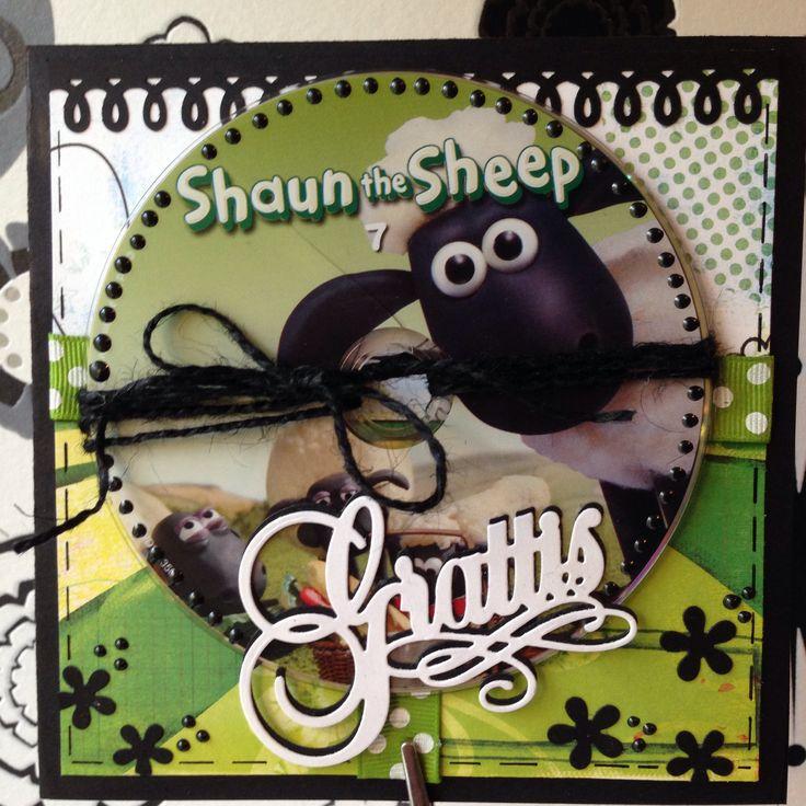 Kort med en trasig DVD med Fåret Shaun.