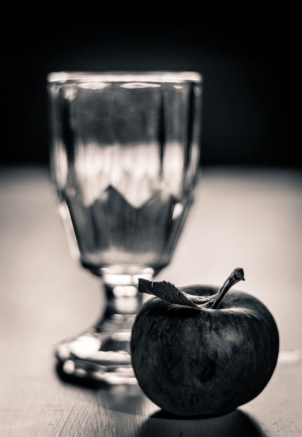 Still Life with Apples by Robert Rieger - Photo 139277025 - 500px