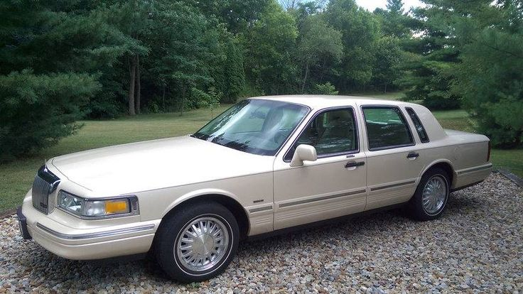 1997 Lincoln Town Car Cartier Edition