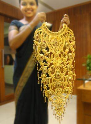 Akshaya tritiya / Indian gold earrings /indian gold jewellery - wow!