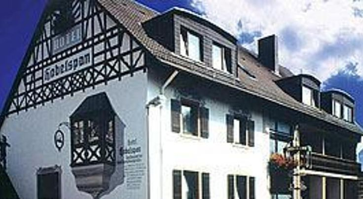 Hotel der Hobelspan Mespelbrunn Located in the pretty town of Mespelbrunn in the heart of the Spessart mountain range, this hotel offers cosy rooms, tasty regional cuisine and a friendly atmosphere.  The Hotel der Hobelspan's charming rooms are easily accessible by lift.