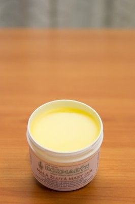Žlutá mast na hemeroidy (hemoroidy)