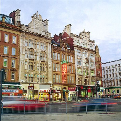 Gardens Hotel in Manchester (Northern Quarter) is minutes from Piccadilly Gardens and Affleck's Palace. This hotel is close to University of Manchester and Old Trafford. Things to do in Manchester aside for joining the Social Media: The Essential Toolkit training course that takes place on December 8th bit.ly/1xQnxTs #thingstodo #Manchester