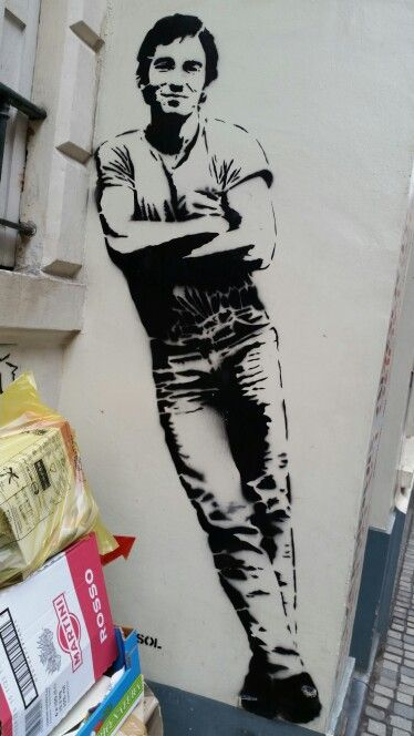 Homme appuyé, rue du Chêne, Bruxelles