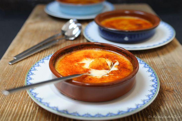 Crema catalana het Spaanse of liever gezegd Catalaanse equivalent van de Franse creme brulee. Met het aroma van vanille, sinaasappel, citroen en kaneel.