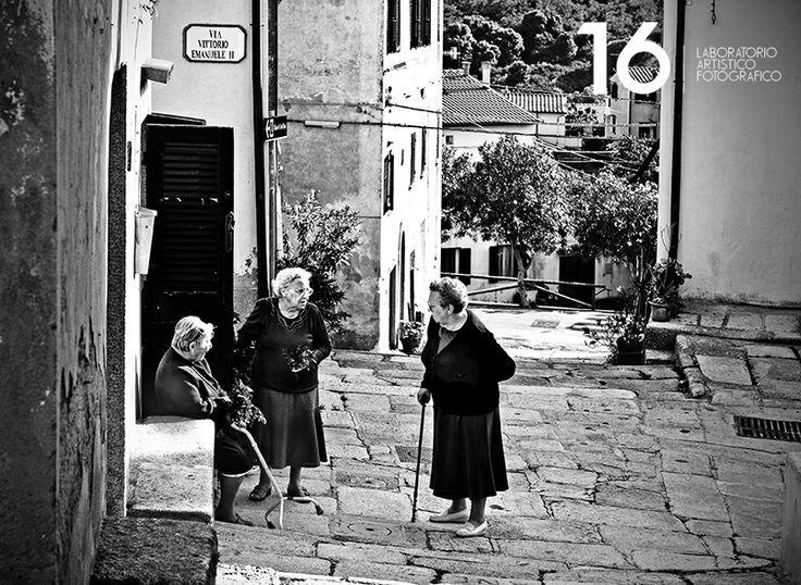 La piazzetta di Sant'Ilario all'isola d'Elba. Fotografo di matrimoni
