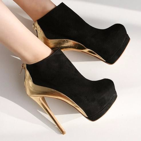 - Lovely black and gold bootie stiletto high heels for the modern fashionista - Edgy design offers a modern stylish look - Perfect for parties or social gatherings - Made from PU - 9 cm heel height