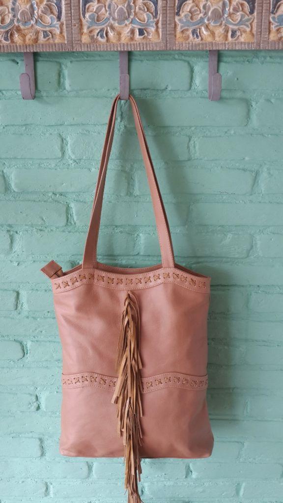 Aria leather tote