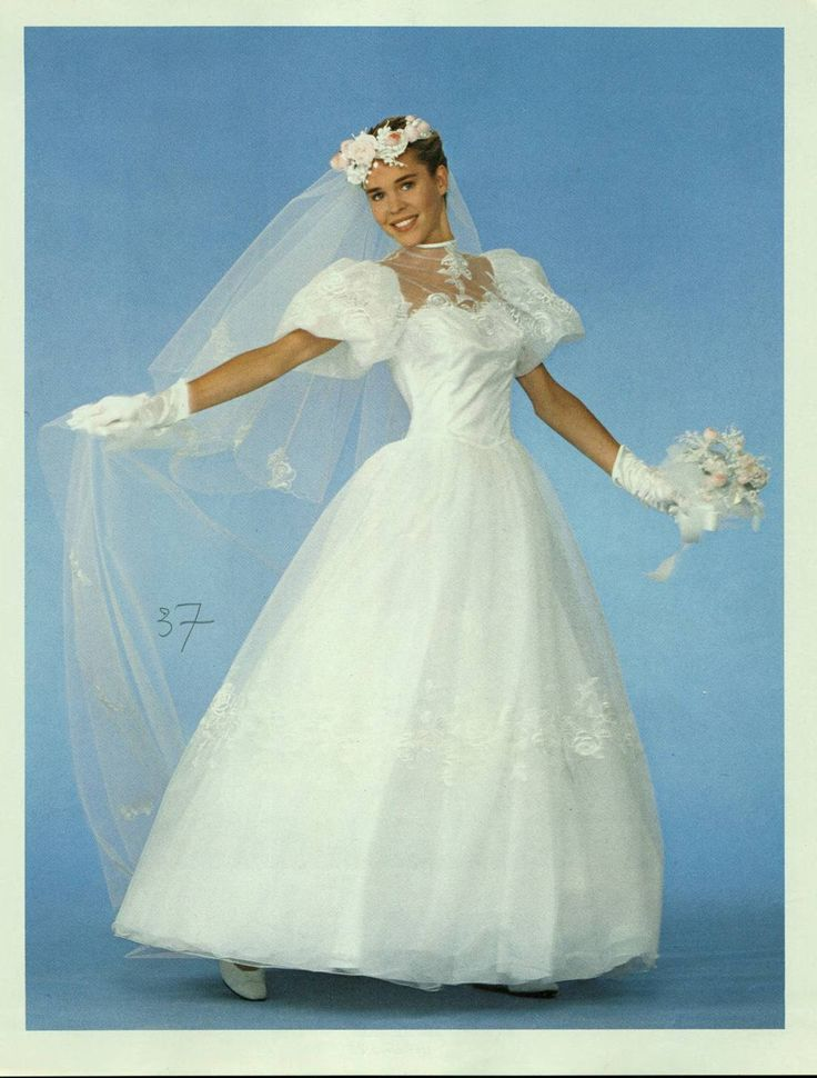 The 21 best Mode 80 images on Pinterest | Bridal gowns, Retro ...