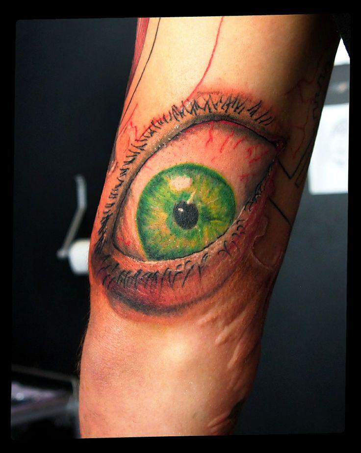 #tattoo #tattoo artist #tattoos #tats #tattoo sleve #the eye #eyetattoo #eyes #color #realistictattoo #portrait #portrait tattoo #tatuaggi #...