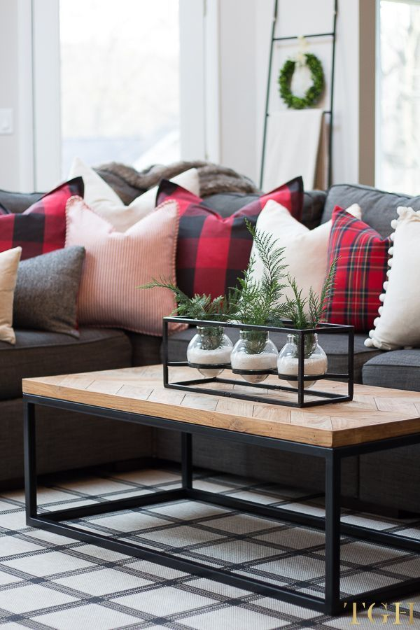 Simple Decorating Tips for Christmas | Decor, Pillows